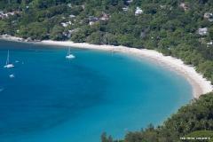 Beau Vallon ist einer der bekanntesten Strände auf Mahé (Seychellen)