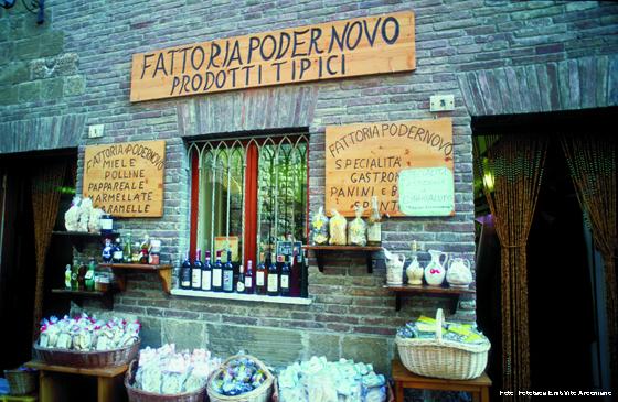 Köstlichkeiten aus der Toskana, zu kaufen in einem Geschäft in Montepulciano