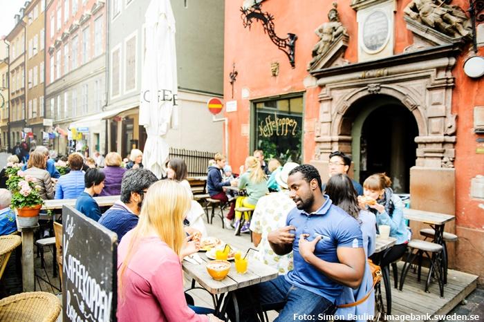 Die Altstadt Gamla Stan ist ein Treffpunkt der Einheimischen
