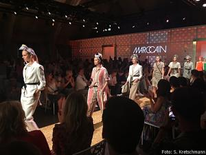 """Die """"Le Riad""""-Kollektion von Marc Cain wurde im Westhafen vorgeführt"""