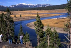 Fotografen am Yellowstone River in Hayden Valley Foto: Jo Suderma/nps.gov